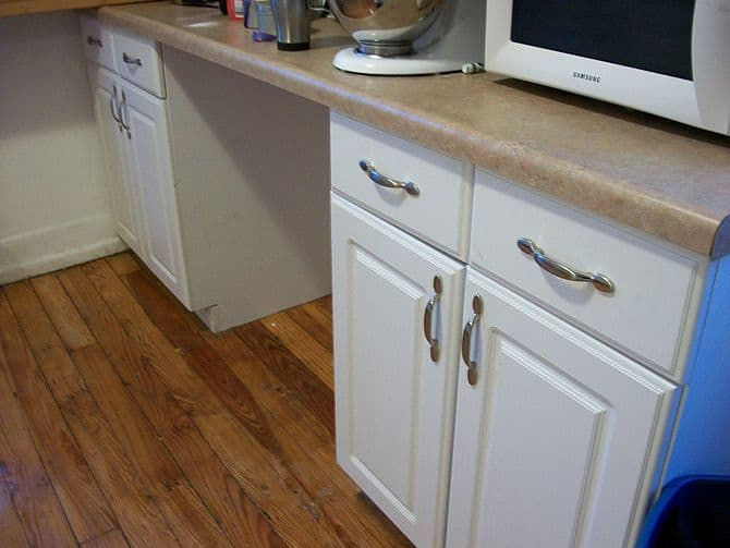 Handyman Mississauga can install kitchen cabinets...
